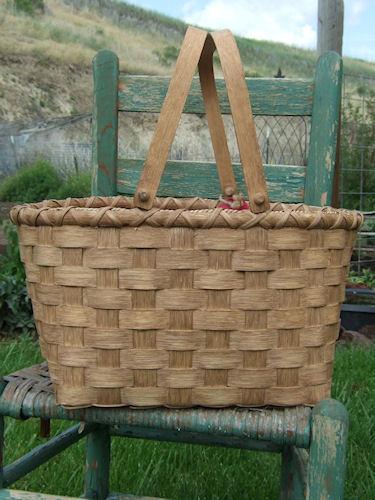 Swing Handled Market Basket